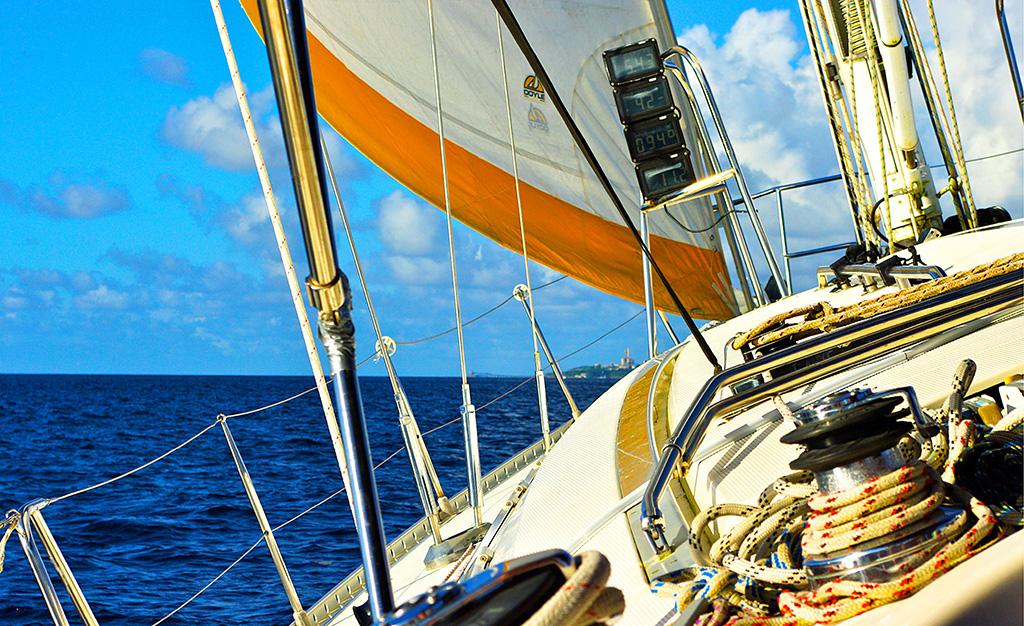 SAILING THE CARIBBEAN SEA