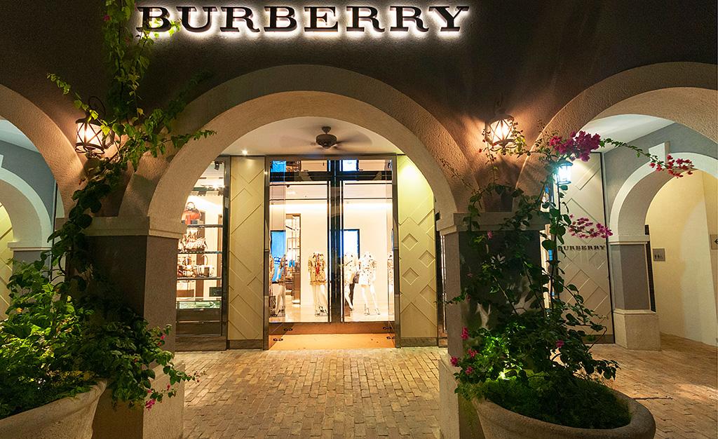 BURBERRY, THE SANDBOX BUILDING