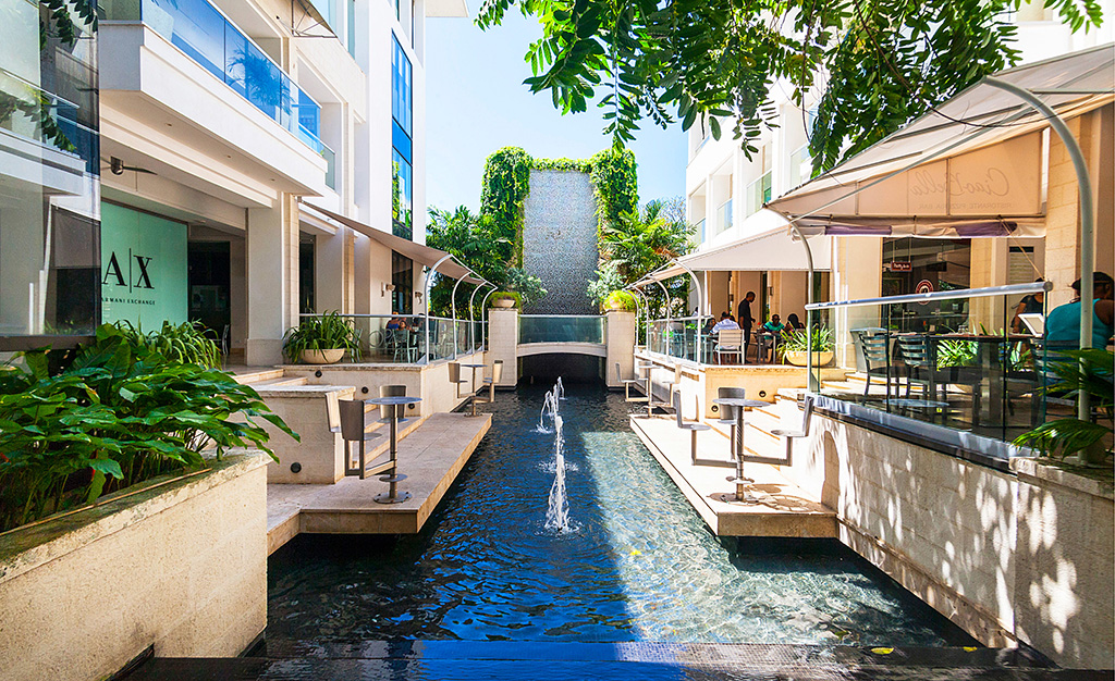 THE WATER COURTYARD BY DAY